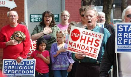 Des Américains catholiques manifestent contre le projet du Président Obama pour le remboursement de la contraception © Mark Nance/AP/SIPA