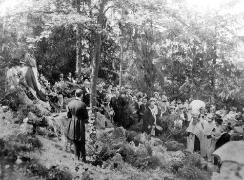 Une cérémonie en mémoire d'Anton Tchekhov, le 25 juillet 1908